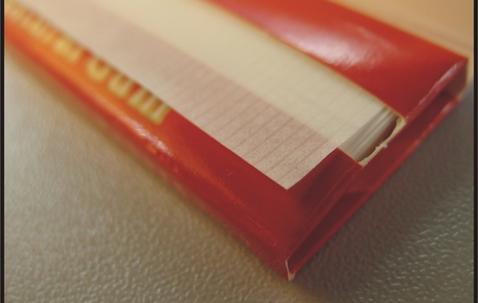 Standaard formaat sigarettenvloei met uw bedrukking (70 x 36 mm) image